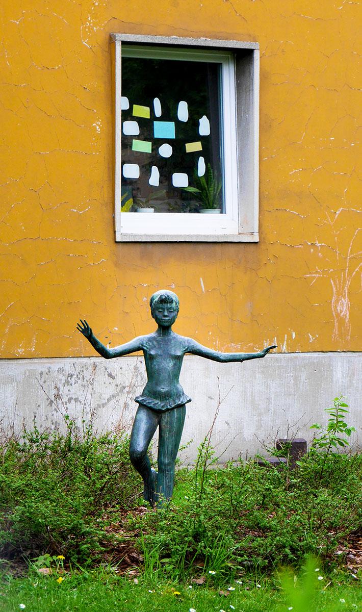 Kunstwerk: Mädchen - Pankow